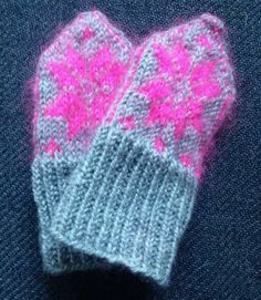 Soft warm baby mittens knitted organic wool by KnitYouNot on Etsy