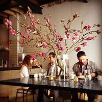 Reuben Hills Coffee Roastery & Cafe in Surry Hills, NSW Surry Hills, Cafe Design, Best Coffee, Industrial Style, Wedding Designs, Sydney, Cafe Idea, Baked Eggs, Milkshakes