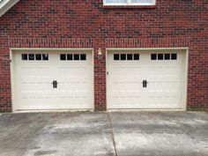 Two Single Carriage House Garage Do \ors