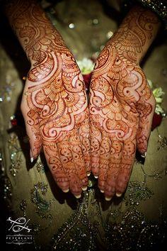 Asian wedding photographer | London Wedding Photographers | Wedding photography by Peter Lane - Indian henna