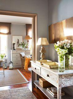New Bedroom Classic Design Hallways 52 Ideas Paint Colors For Living Room, Living Room Decor, Home Design, Halls, Small Bathroom Renovations, Trendy Bedroom, Home Living, Home Interior, Interiores Design