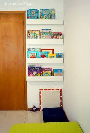 Resultado de imagem para prateleiras para livros quarto infantil