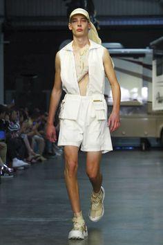 Cottweiler-featuring-reebok-Menswear-SS18-London-5890-1497107631-thumb.jpg (300×450)
