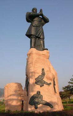 Shaolin (фото из сети Facebook, владелец фото Юлиан Мн 利安朱)