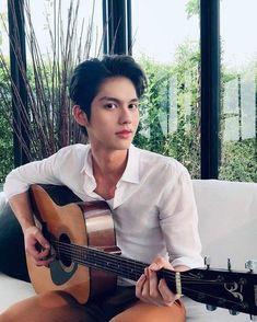 Handsome Faces, Handsome Actors, Handsome Boys, Pretty Boys, Cute Boys, Bright Wallpaper, Boyfriend Photos, Cute Asian Guys, Bright Pictures