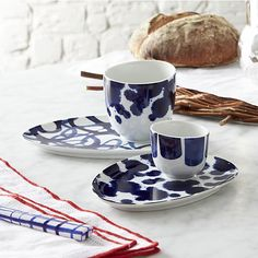Crate and Barrel Paola Navone Como Cups and Saucers Paola Navone, Dining Ware, Dining Room, Table Top Design, Porcelain Dinnerware, Espresso Cups, Pottery Painting, Organic Shapes, Crate And Barrel