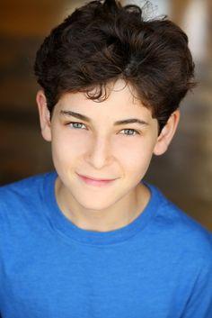 David Mazouz Talks Playing Young Bruce Wayne in Gotham – Interview
