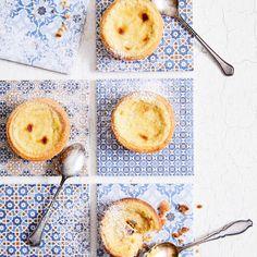 Pastel de nata | Maku Camembert Cheese, Pineapple, Dairy, Fruit, Desserts, Food, Pastel De Nata, Custard, Tailgate Desserts
