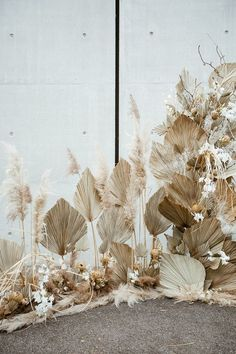 Modern french tropical wedding ideas with dried flowers | Wedding & Party Ideas | 100 Layer Cake