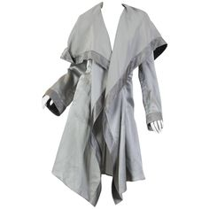 Giorgio Armani Lightweight Pajama Coat | From a collection of rare vintage jackets at https://www.1stdibs.com/fashion/clothing/jackets/