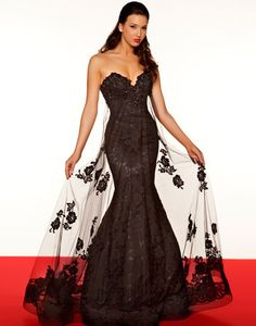 Black Lace Embellished Strapless Sweetheart Mermaid Even Gown from the Unique Vintage - it looks amazing and so elegant.