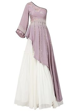 Ek soot presents Lavender embroidered asymmetrical peplum top with ivory lehenga skirt available only at Pernia's Pop Up Shop. Western Dresses For Women, Stylish Dresses For Girls, Stylish Dress Designs, Designs For Dresses, Stylish Dress Book, Pakistani Dresses Casual, Indian Gowns Dresses, Indian Fashion Dresses, Indian Designer Outfits