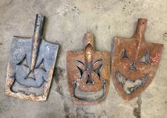 Old junk shovel crafts