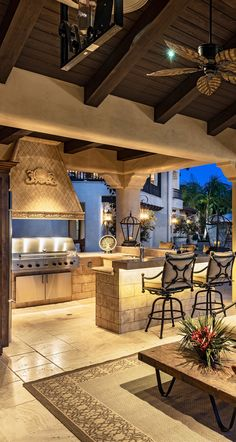 Old World, Mediterranean, Italian, Spanish & Tuscan Homes Design & Decor, Outdoor Living #Mediterraneanhomes