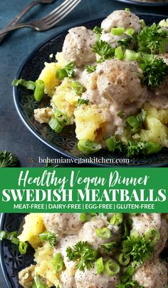 Who says comfort food has to be unhealthy? These vegan Swedish meatballs are not only absolutely delicious, but healthy too! Using ingredients like white beans, oats, and cashews gives this meal a healthy kick while giving you all the comfort feels. Vegan Dinner Recipes, Vegan Dinners, Vegan Recipes Easy, Meatless Recipes, Lunch Recipes, Pasta Recipes, Vegan Comfort Food, Vegan Food, Vegan Gravy
