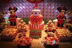 #festa #party #minnie #bolo #cake #mesadebolo #doces #candy #guloseimas #red #yellow #vermelho #amarelo