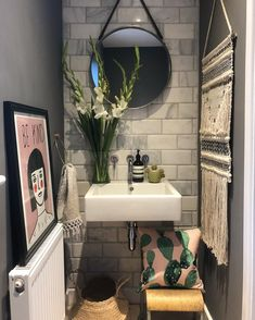 Evening you lovely lot, thank you for all your teacher present ideas over on my stories earlier, and if any of you are wondering what to… Understairs Toilet, Presents For Teachers, Floating Wall, Best Teacher, Potted Plants, Mirror, Instagram, Creative Ideas, House