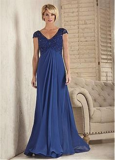 Fabulous Tulle & Chiffon V-neck Neckline Sheath Mother Of The Bride Dresses With Beaded Lace Appliques #blackfriday