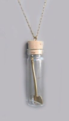 Hatchet In A Bottle Necklace - Perla