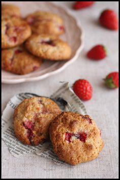 ホワイトデーにも♪ホットケーキミックスで簡単!サクっとしっとりイチゴのソフトクッキー |ビジュアル系フード
