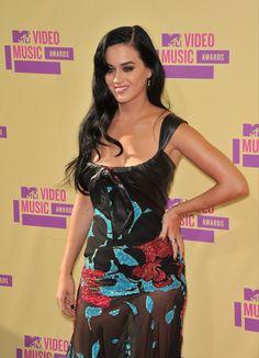 Katy Perry & Rihanna On the Rocks