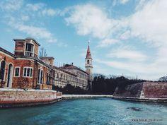 Poveglia, the haunted island, Venice - #urbex Abandoned places in Veneto || Read my blogpost here: http://www.blocal-travel.com/urbex/industrial-archaeology/urbex-italy-veneto/