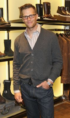 Want a new pair of UGG's... + Tom Brady in his new haircut (ok, I could leave aside the new UGG's)