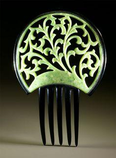 ✿ڿڰۣ(̆̃̃•Aussiegirl American Celluloid Combs from The Myrna Klitzke Collection.