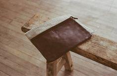 Leather Pouch(L)   Linen Pouch(L)