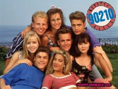 Beverly Hills 90210 hasta comprabamos chicles que traian estampitas para coleccionar jajajajaj