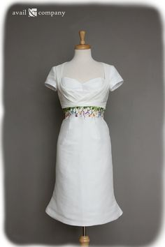 Wildflowers Short Wedding Dress Retro Styling Hand by AvailCo,  GORGEOUS!!!