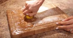 Clean My Space host Melissa Maker brings another set of awesome kitchen cleaning tips. Diy Cutting Board, Butcher Block Cutting Board, Diy Cleaning Products, Cleaning Hacks, Clean My Space, Kitchen Cleaning, Awesome Kitchen, How To Squeeze Lemons, Cool Kitchens