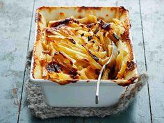 Apple Pie, Lasagna, Food And Drink, Ethnic Recipes, Desserts, Koti, Waiting, Lasagne, Tailgate Desserts