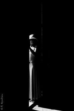 """ph. © Roberto Oppedisano """" la vita è una luce ammiccante nel buio"""""""