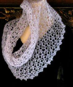 Antique-style Star stitch crochet capelet: Starwirbel Spiraling Star Stitch Lace downloadable pattern