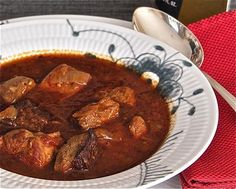 GERMANY - Original German Gulaschsuppe - a German beef/potato/tomato soup with red wine (this the has more recipes) + Beef Recipes, Soup Recipes, Cooking Recipes, Recipies, Old German Recipe, German Goulash, Traditional German Food, Goulash Soup, Austrian Recipes