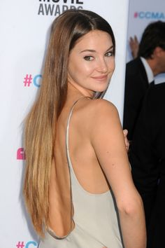 Shailene Woodley is totally my new inspiration for hair and pretty much everything else. I mean, she's portraying Hazel AND Tris. And her hair is pretty much perfect. So yeah.