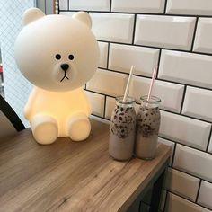 ʚ pin - lloverrose ɞ Brown Aesthetic, Korean Aesthetic, Aesthetic Food, Eat This, Kawaii, Line Friends, Bubble Tea, Milk Tea, Cute Food