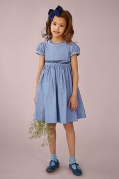 Classic Blue and White Hand Smocked Dress Girly Girl Outfits, Cute Little Girl Dresses, Cute Dresses, Kids Outfits, Girls Fashion Clothes, Baby Girl Fashion, Kids Fashion, Kids Clothing, Girls Smocked Dresses