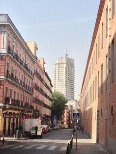 Torre de Madrid, desde Conde Duque. Madrid by voces, via Flickr