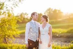 FOTOGRAF   RIMELIG   BRYLLUPSFOTOGRAF   PRIS   BRYLLUP   OSLO   FØRDE   BERGEN   HELDAGS-BRYLLUP Iris, Bergen, Oslo, Ford, Couple Photos, Couples, Wedding Dresses, Fashion, Couple Shots