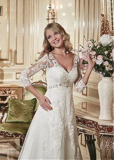 Stunning Lace & Tulle V-neck Neckline A-line Wedding Dress