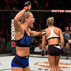 """Felice Herrig on Instagram: """"Ufc chicago 2016 !!"""" Ufc Fighters, Ultimate Fighting Championship, Kickboxing, Muay Thai, Sports Women, Mma, Tv Shows, Chicago, United States"""