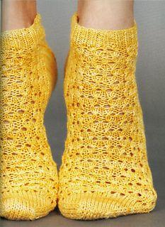 Hourglass Eyelet Ankle Socks