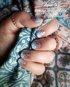 What Christmas manicure to choose for a festive mood - My Nails Nail Color Combos, Nail Colors, Nail Polish Strips, Dry Nail Polish, Color Street Nails, Creative Nails, Perfect Nails, Nail Inspo, Pink Nails