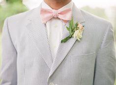 pink bow tie with seersucker | Nancy Ray #wedding