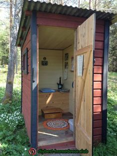 shed plans! Start building amazing sheds the easier way. with a collection of shed plans! Outside Toilet, Outdoor Toilet, Outdoor Baths, Outdoor Bathrooms, Outhouse Bathroom, Composting Toilet, Building A Shed, Cabins In The Woods, Shed Plans