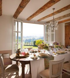 Inviting Spanish Interior for Cottage in Cantabria, Spain A Table, Dining Table, Spanish Interior, Sweet Home, Country House Interior, Spanish House, French Cottage, French Country Decorating, Dining Area