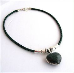 Necklace heart green leather/Silver stone Agate Collier Green Leather, Agate, Stone, Heart, Bracelets, Silver, Jewelry, Leather, Bangles
