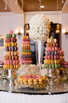 Feeling French? Try serving macaroons at your summer #wedding instead of cake! It adds a nice colorful touch and a lot less messy. #TOMSwedding